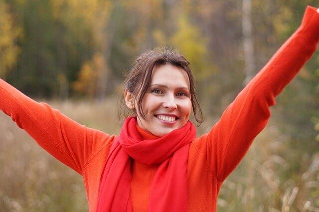 Imagen de mujer feliz