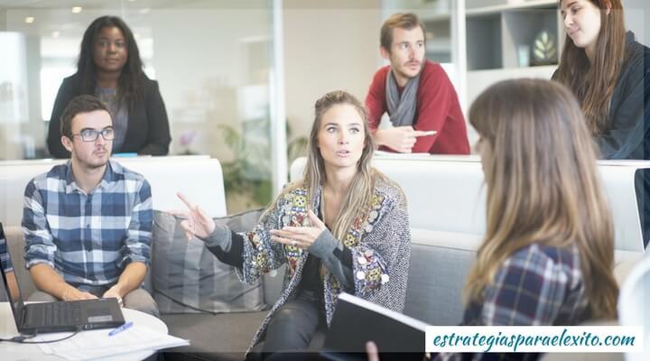 Cómo hacer networking estratégico?