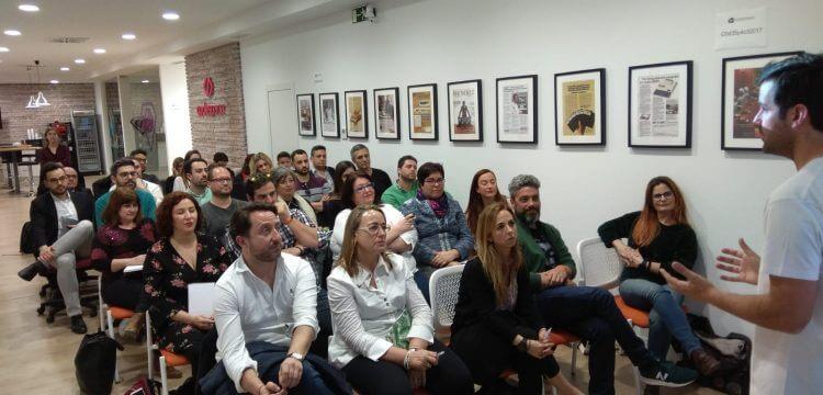 Charla de Ricardo Llamas sobre cómo vender online a desconocidos